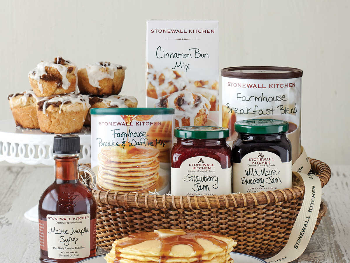 Stonewall Kitchen New England Breakfast Basket
