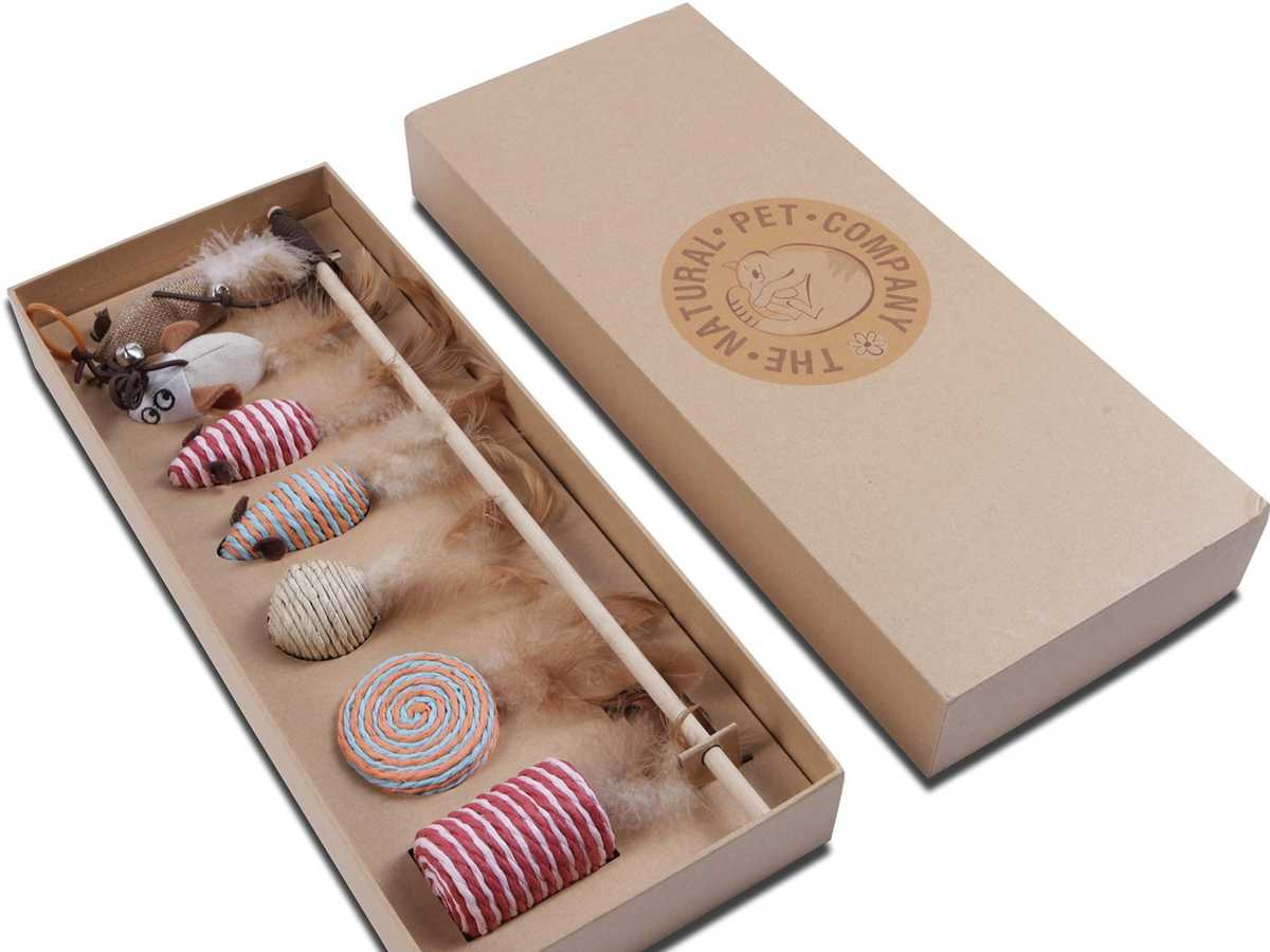 The Natural Pet Company Cat Toys Collection Gift Box
