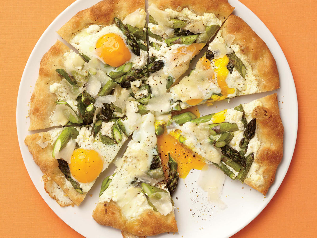 Asparagus, Ricotta, and Egg Pizza