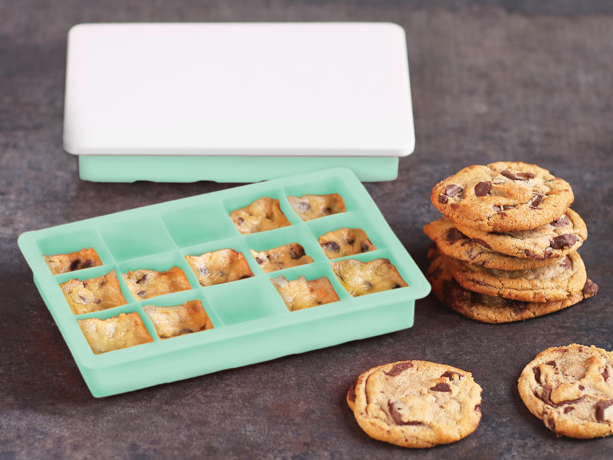 Casabella Cookie Dough Trays with Lids