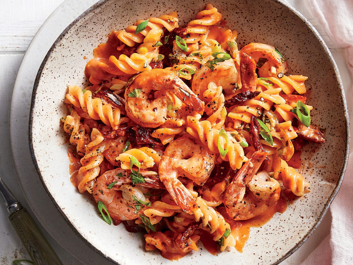 Thursday: Pasta with Shrimp in Tomato Cream