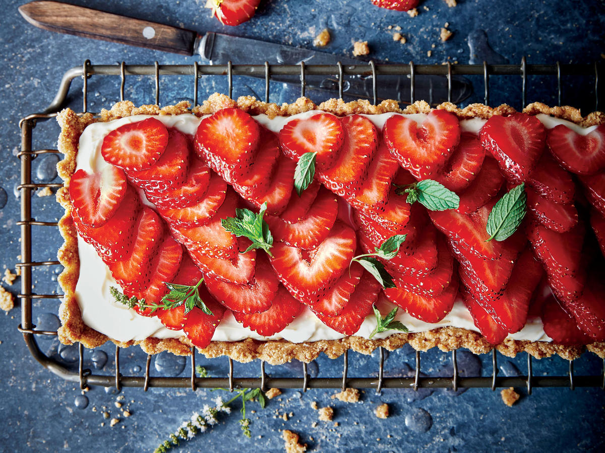 1706 Rosé-Glazed Strawberry Tart- Sunday Strategist