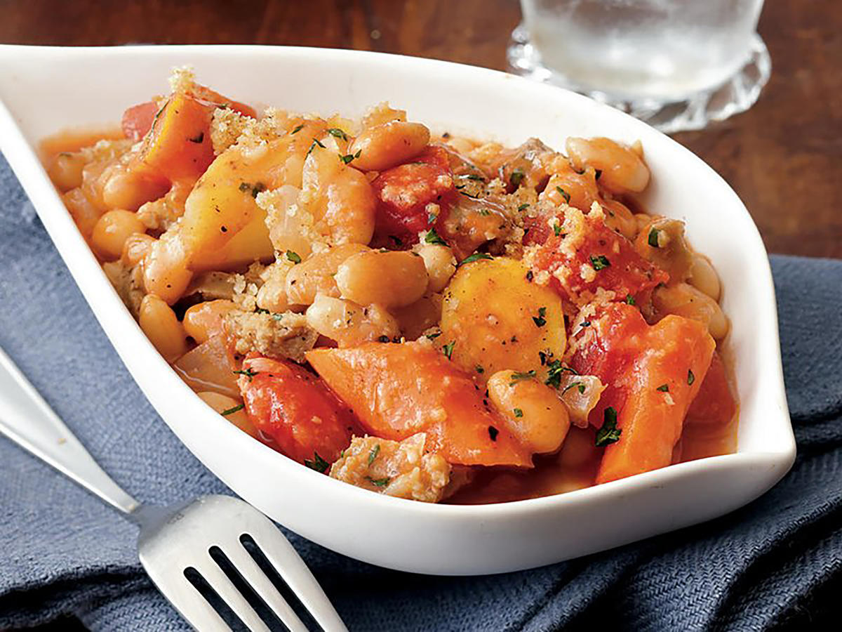 Slow Cooker Thyme-Scented White Bean Cassoulet Recipes