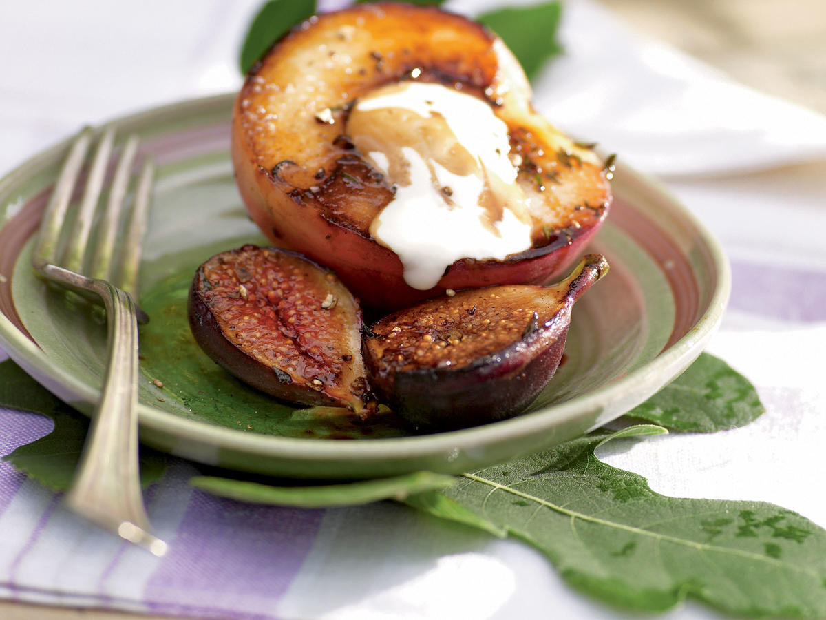 Seared Figs and White Peaches with Balsamic Reduction