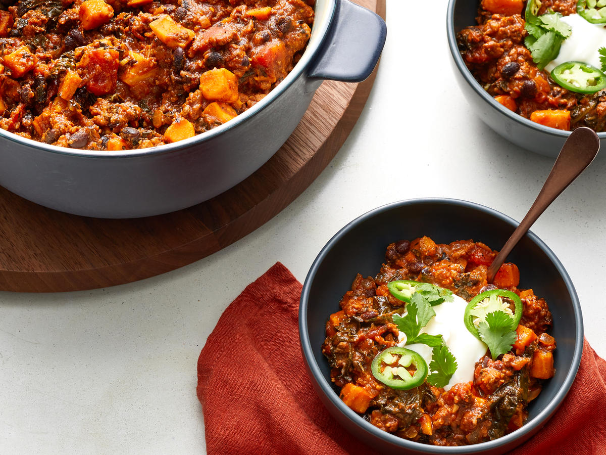 Turkey Chili With Black Beans and Kale