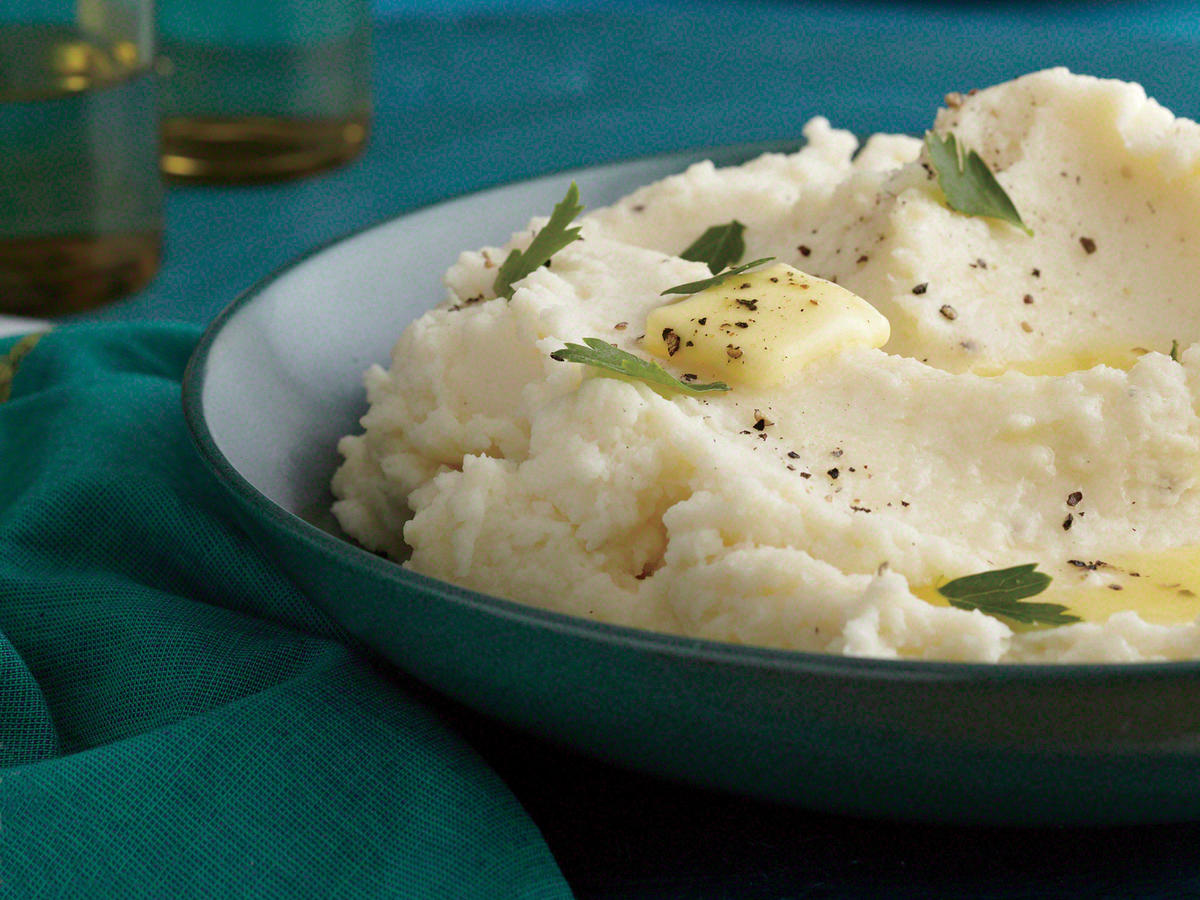 Basic Fluffy Mashed Potatoes