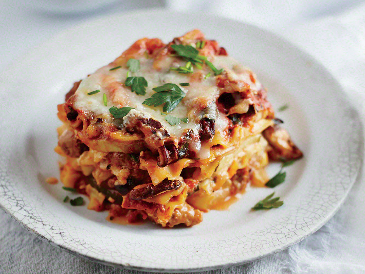 Slow Cooker Sausage and Squash Lasagna
