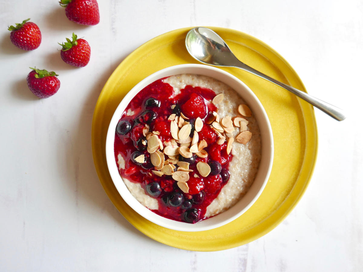 Creamy Steel-Cut Oats With Mixed Berry Compote
