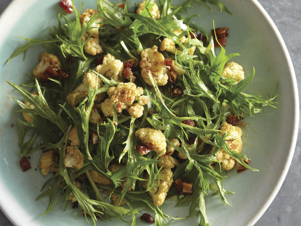 bras-mizuna-salad-with-cumin-roasted-cauliflower-image-p-128.jpeg
