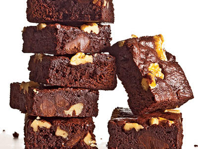 classic-fudge-walnut-brownies.jpeg