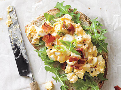 egg-salad-sandwiches-bacon-sriracha.jpg