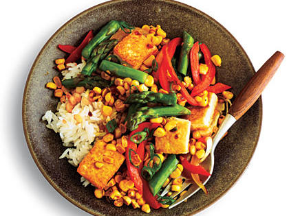 ginger-scented-corn-and-asparagus-stir-fry-ck-x.jpg
