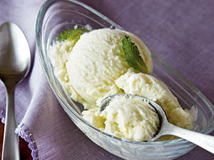 mint-ice-cream-ck-1981712-xl.jpg