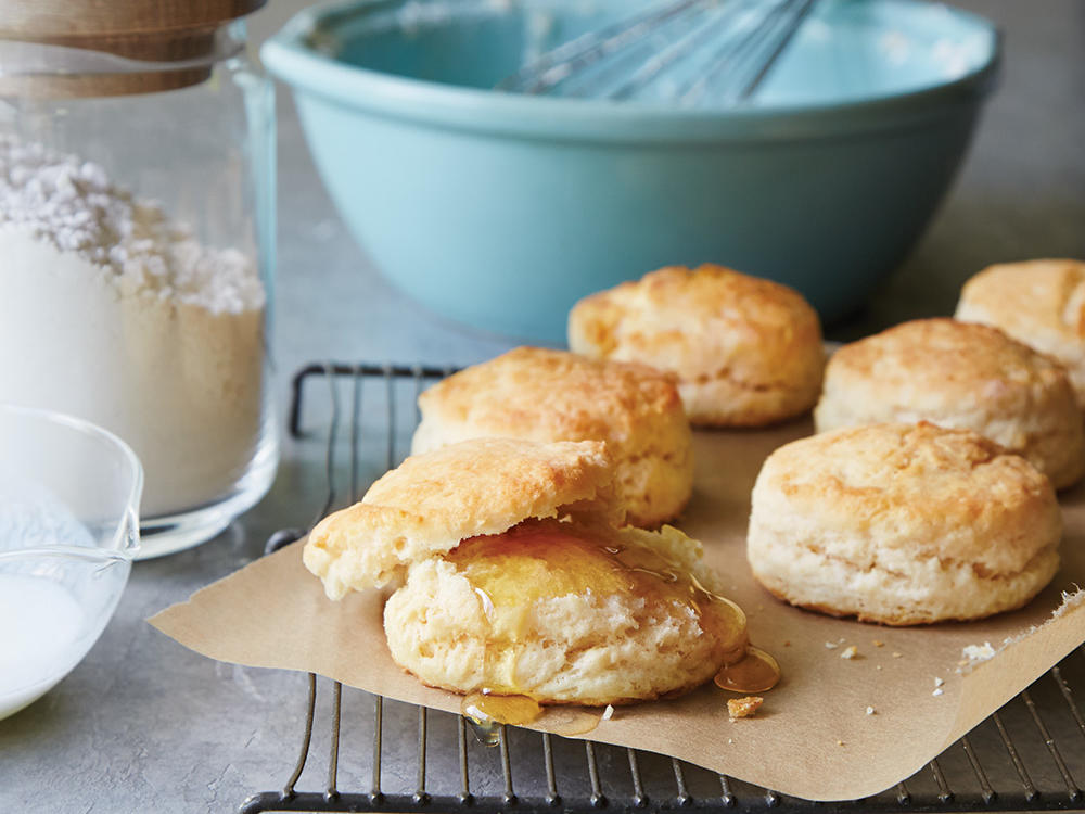 oh4397p37-buttermilk-biscuits1.jpg
