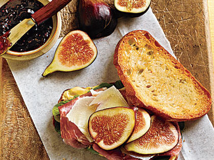 prosciutto-fig-sandwiches.jpg