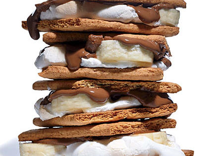 quick-banana-chocolate-smores.jpg
