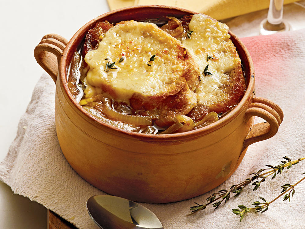 slow-cooker-french-onion-soup-ck-1000.jpg