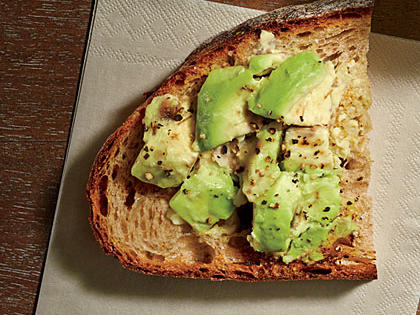 smashed-avocado-toast.jpg
