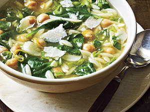 spinach-pea-and-pasta-soup1.jpg