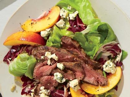 steak-salad-nectarines-radicchio-blue-cheese-ck-e1438968370278.jpg