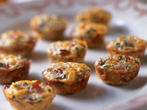 Mini Frittatas with Ham and Cheese
