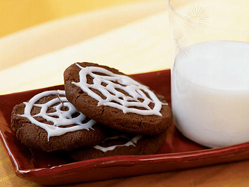 Chocolate Spiderweb Cookies
