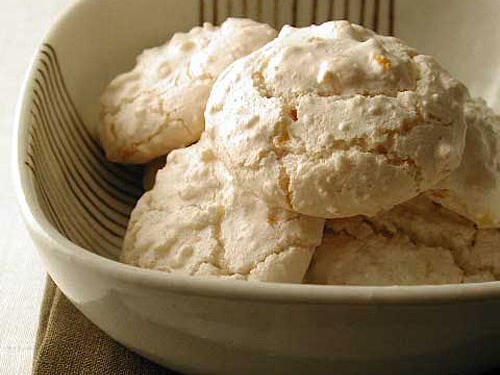Healthy Macadamia and Ginger Cookies Recipe