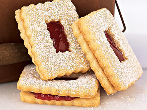 Raspberry Linzer Windowpane cookies recipe