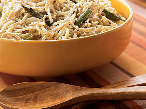 Straw and Hay Alfredo with Roasted Asparagus