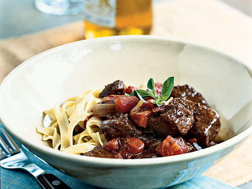 Beef with Spicy Cocoa Gravy