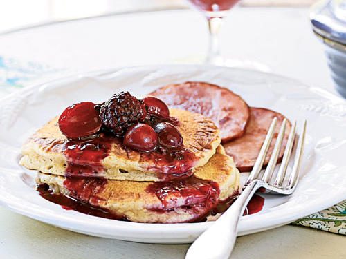 Almond-Buttermilk Hotcakes with Blackberry-Grape Sauce