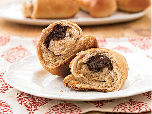 Whole Wheat Flour Chocolate-Filled Buns