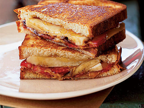 Grilled Peanut Butter and Banana Split Sandwich