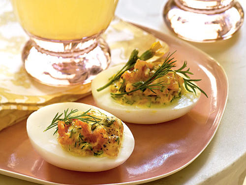 Healthy Deviled Eggs with Smoked Salmon and Herbs
