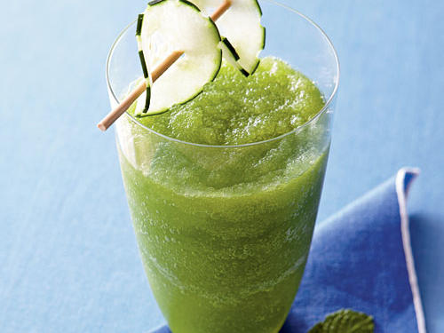 Cucumber, Apple, and Mint Cooler recipe