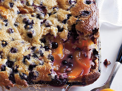 1007 How to: Blueberry-Peach Cobblers