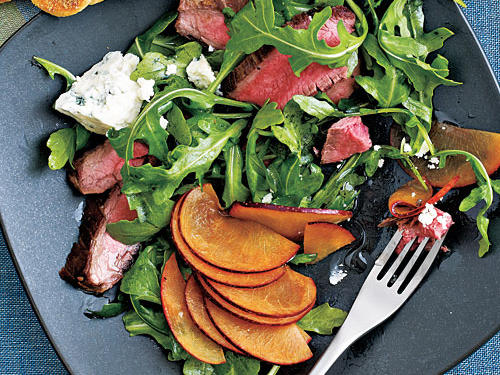 Healthy Dinner Recipes: Flank Steak Salad with Plums and Blue Cheese