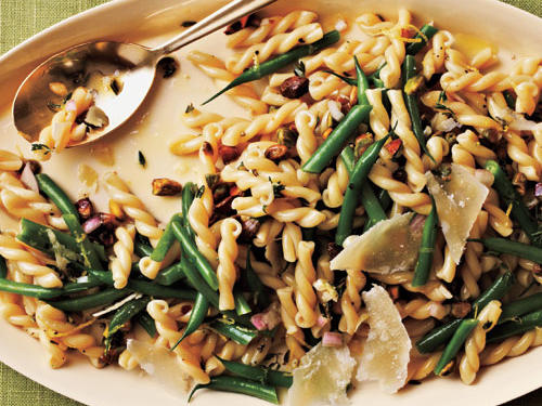 1304 Gemelli Salad with Green Beans, Pistachios, and Lemon-Thyme Vinaigrette