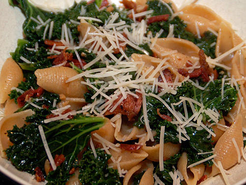 Kat's Orecchiette with Kale, Bacon, and Sun-Dried Tomatoes