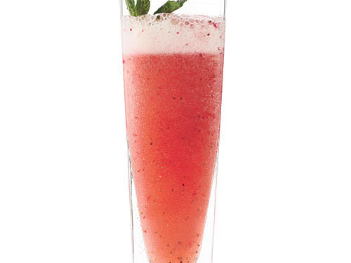 Strawberry-Mint Sparkling Limeade