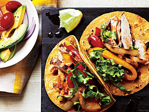 Garlic-Chipotle Chicken Tacos Recipe