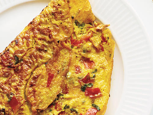 Omelet with Turmeric, Tomato, and Onions
