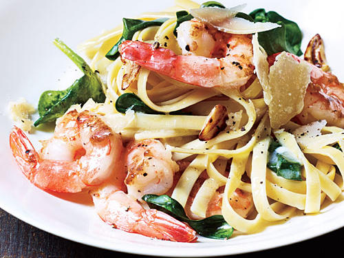 Shrimp Fettuccine with Spinach and Parmesan