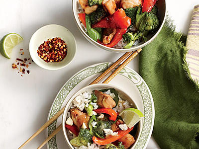 Chicken and Basil Rice Bowl with Cashews