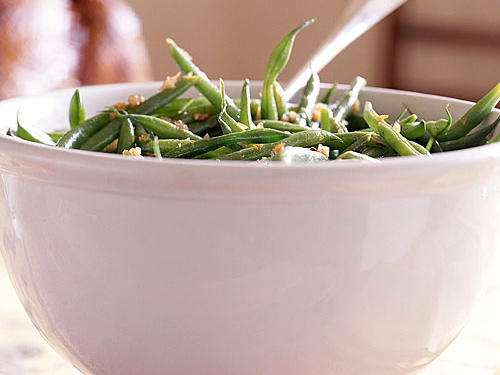 Healthy Holiday Foods: Green Beans with Bacon-Balsamic Vinaigrette Recipes