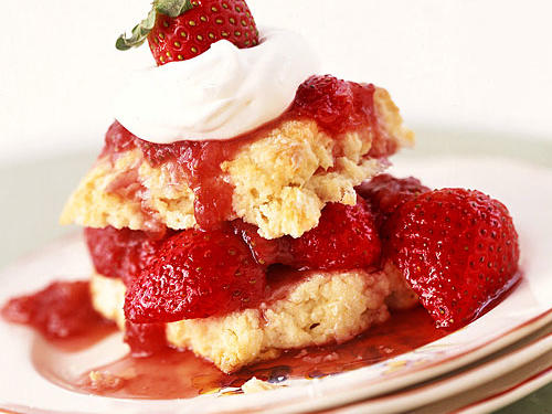 Old-Fashioned Strawberry Shortcakes Dessert Recipes