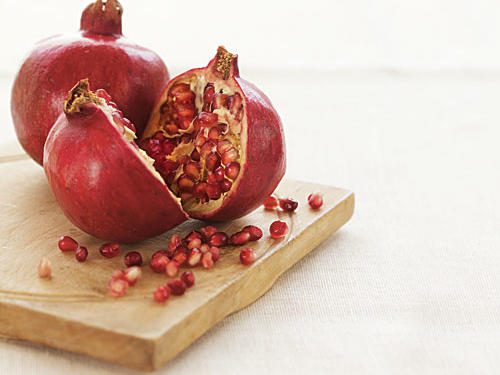 Winter Pomegranates Guide