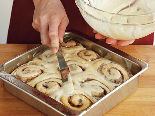 1209-How to Make Cinnamon Rolls-Step 9