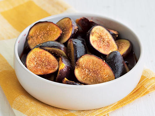 Marsala Poached Figs