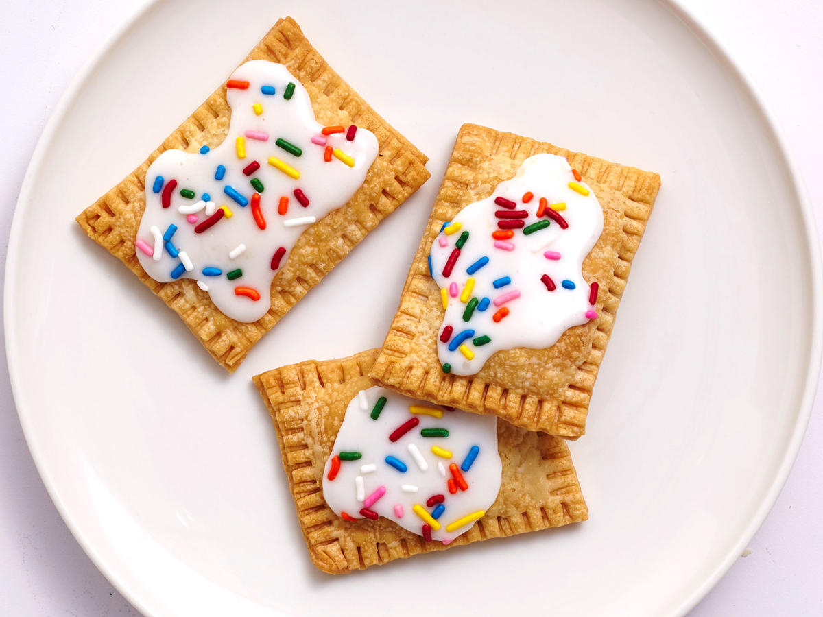 Use An Air Fryer To Make Healthier Strawberry Quot Pop Tarts